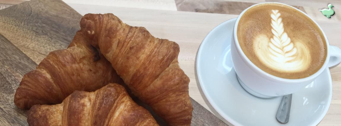 Croissant & Cappuccino